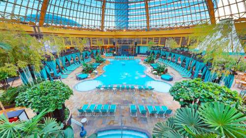 Harrah's AC Pool